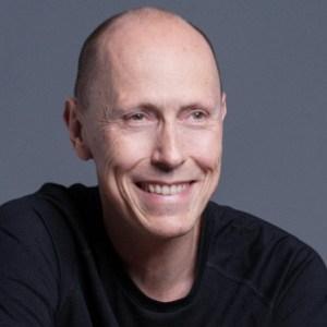 https://futurefoodtechsf.com/wp-content/uploads/2018/12/FFT-Roger-Leinhard-1-1.jpg